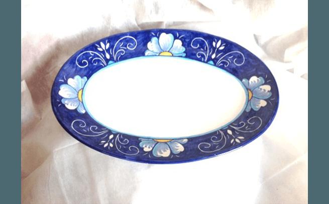 piatti dipinti a mano