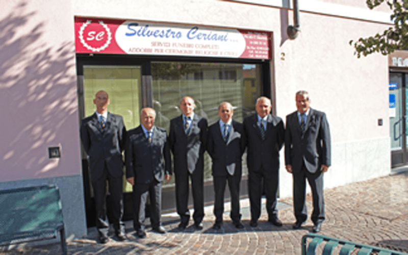 personale agenzia funebre
