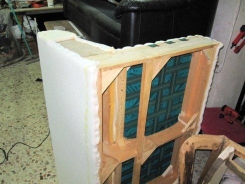 Riparazione del telaio di un divano