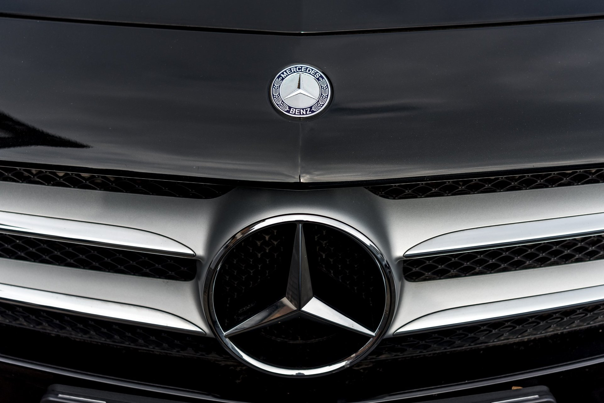 MercedesBenz Approved Accident Repair Centre Individual - Mercedes benz body repair centre