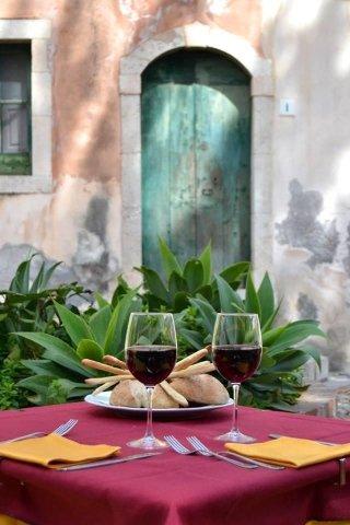 pizzeria e ristorante a Taormina