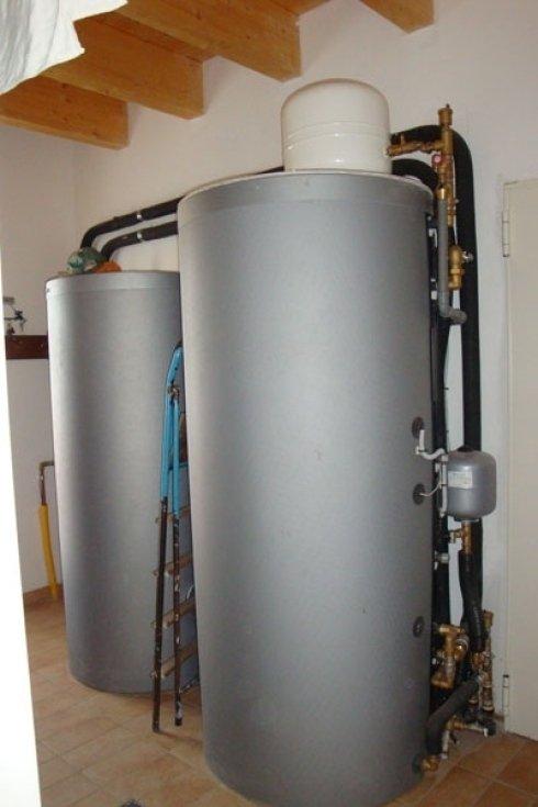 Bollitore per la produzione di acqua calda.