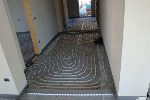 Impianto a pavimento per il riscaldamento domestico.
