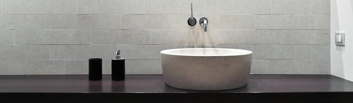 hine constructions modern bathroom
