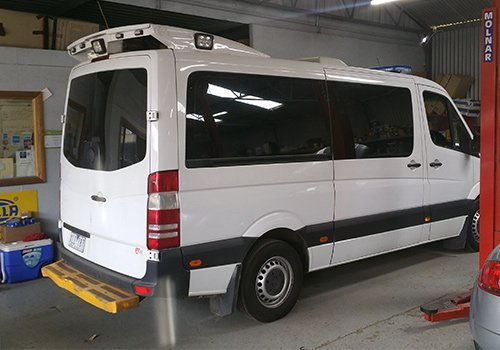 pk mobile electrical service parked for repairing