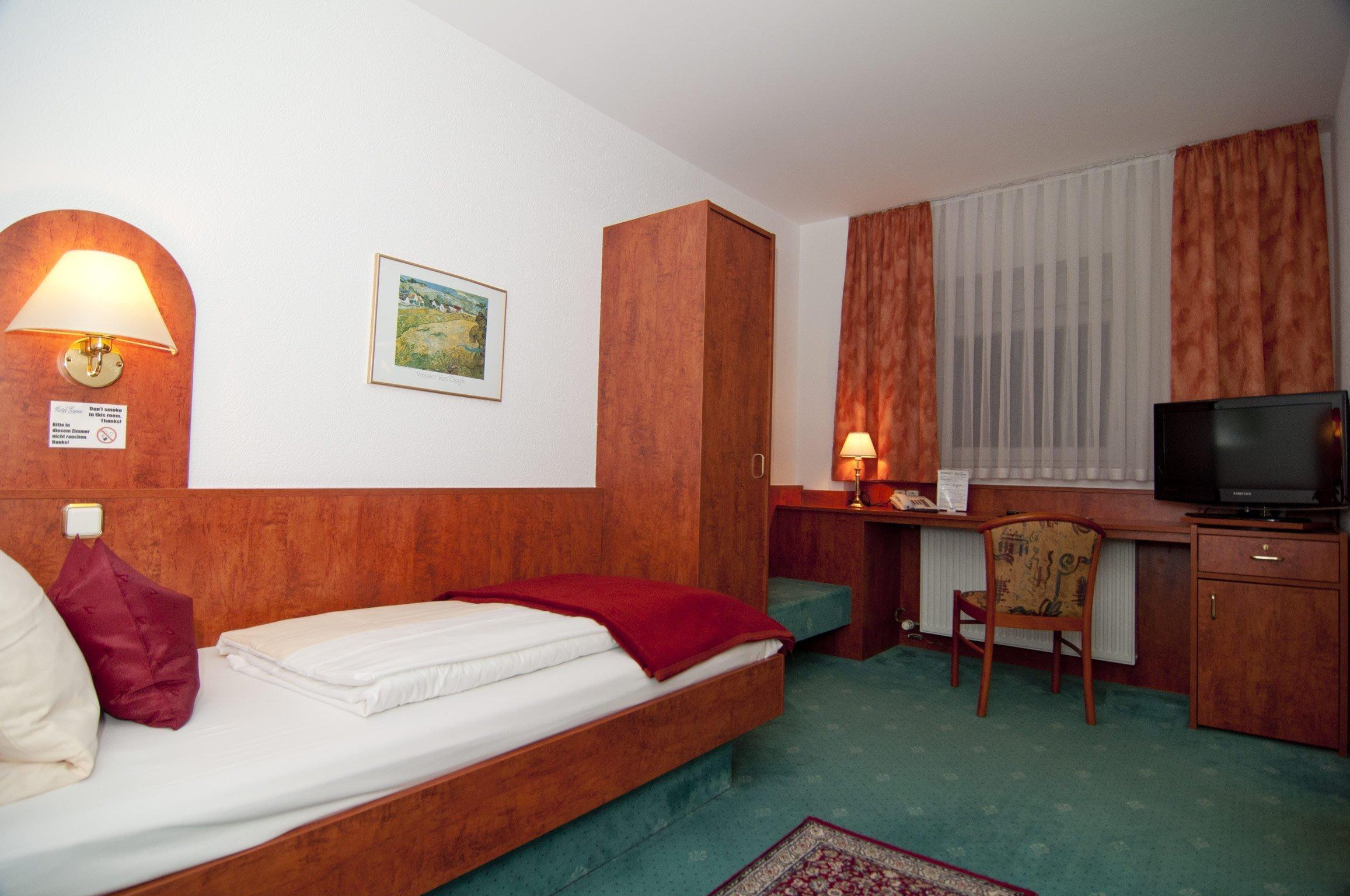 Zimmer 124 Im Hotel Hansa Offenbach