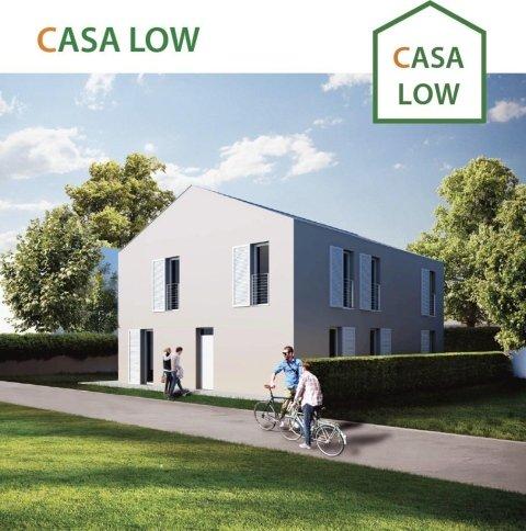 casa low