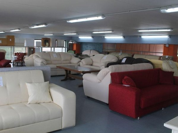 Vendita di mobili san rufo sa centro mobili gs for Vendita mobili esposizione