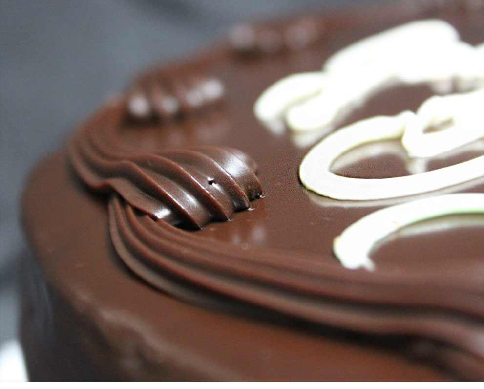 Medium Chocolate Ganache