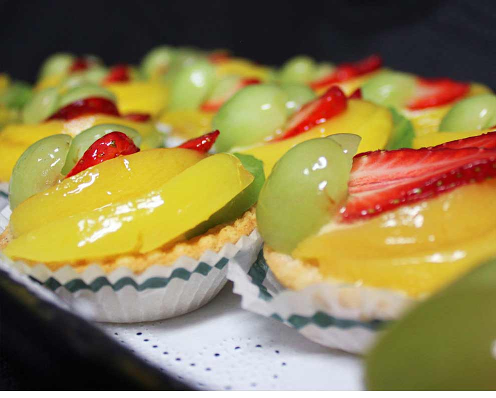large-fruit-flans