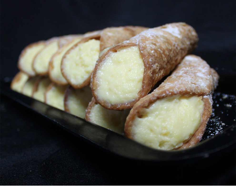 Sicilian Cannoli Vanilla Custard