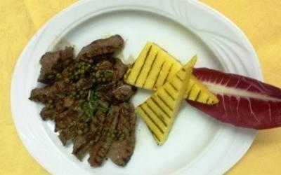 Secondi di carne con polenta da Nello