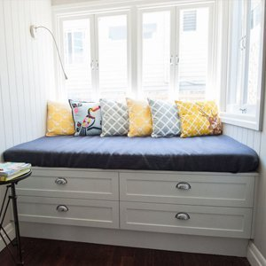 Feature window seat with shaker drawers