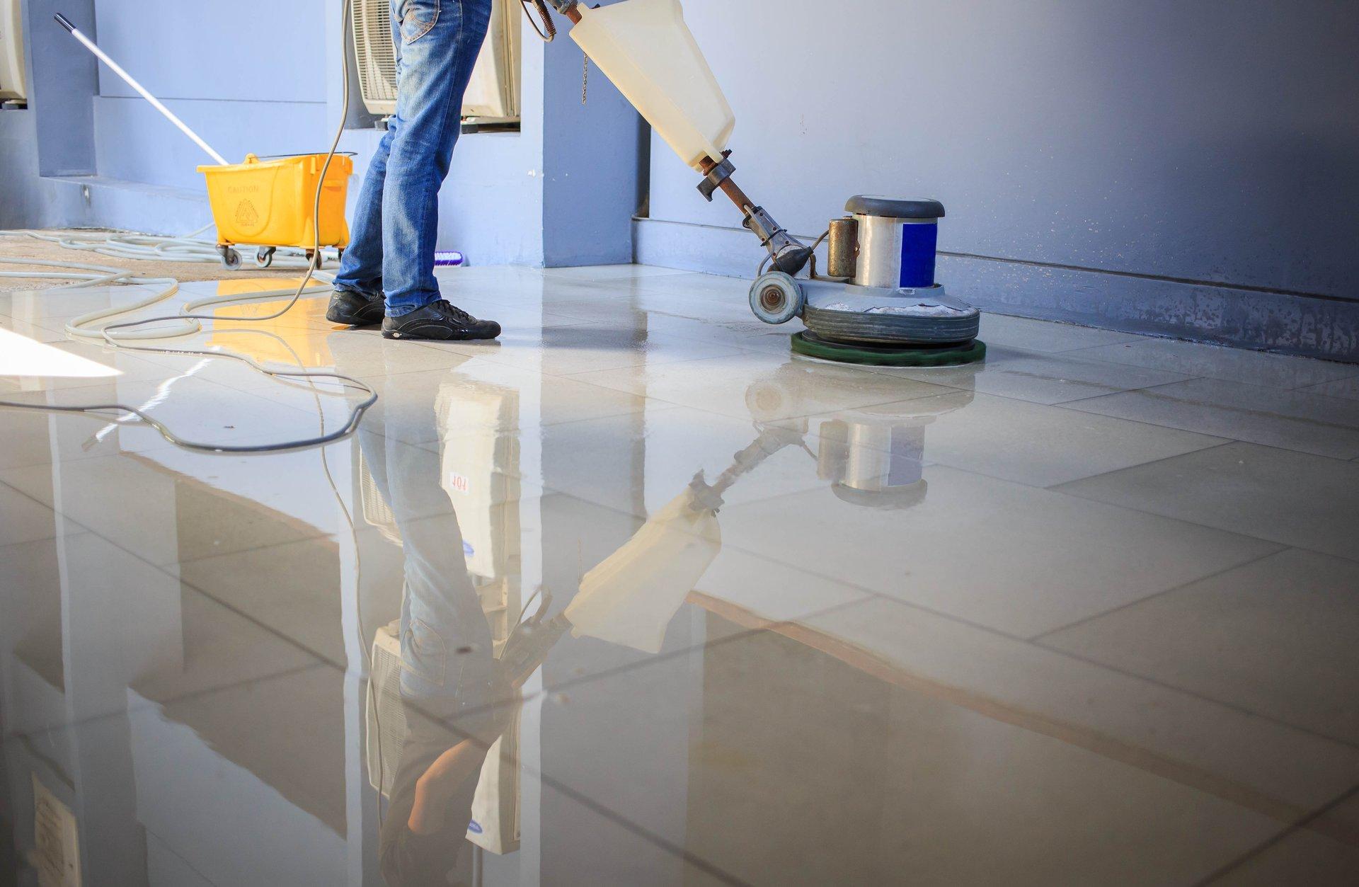 pavimento in ceramica con trattamento in resina Minella