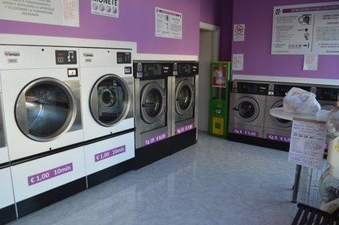 lavanderia self-service pesaro