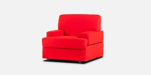 una poltrona di color rosso