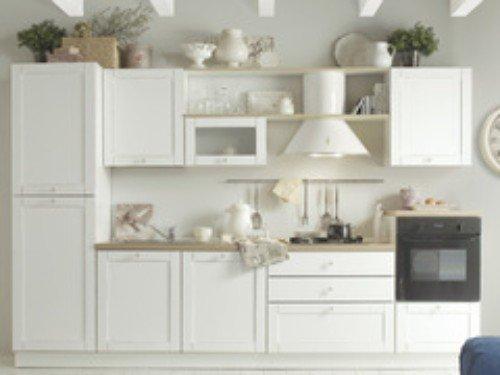 arredamento cucina di color bianco