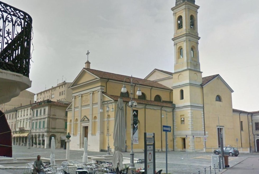suzzara chiesa