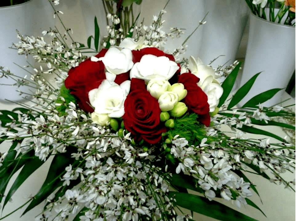 mazzo di fiori per feste di laurea