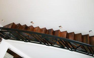 Lighting on stairs