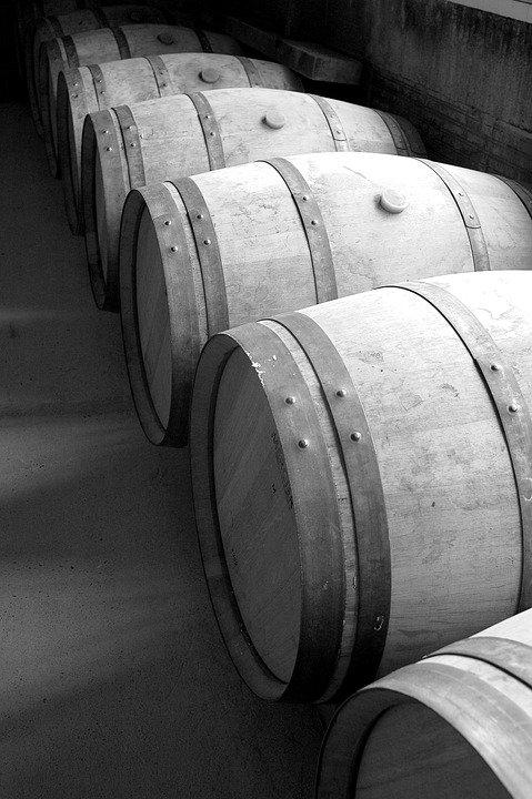 bordeaux-barrels