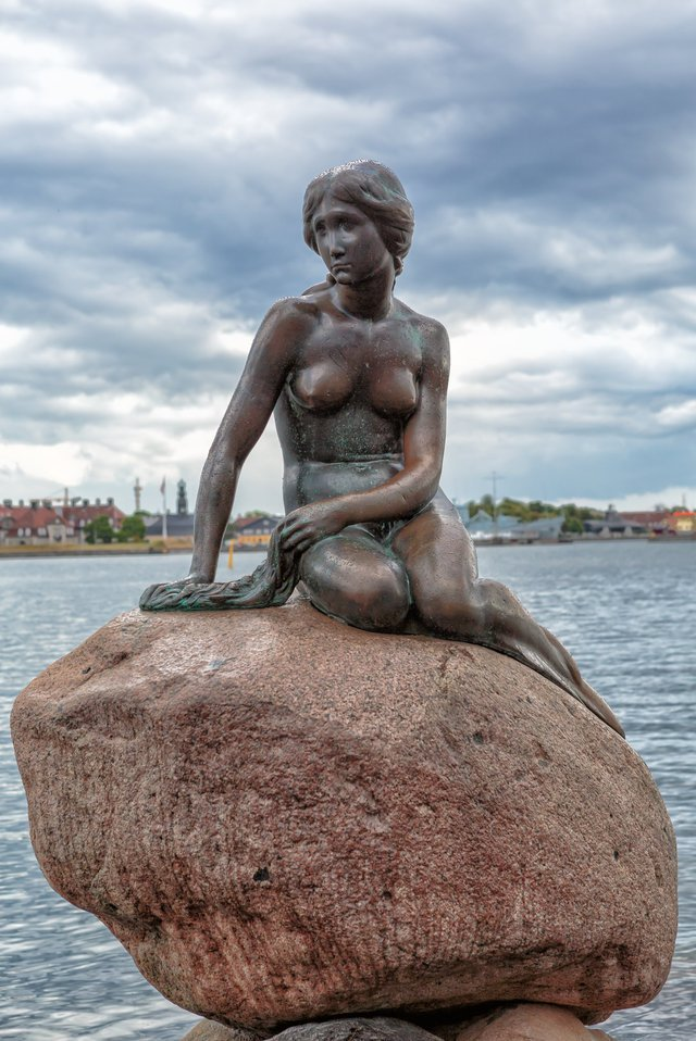 copenhagen-mermaid-statue