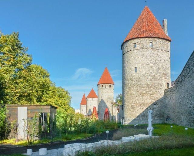 tallin-castle