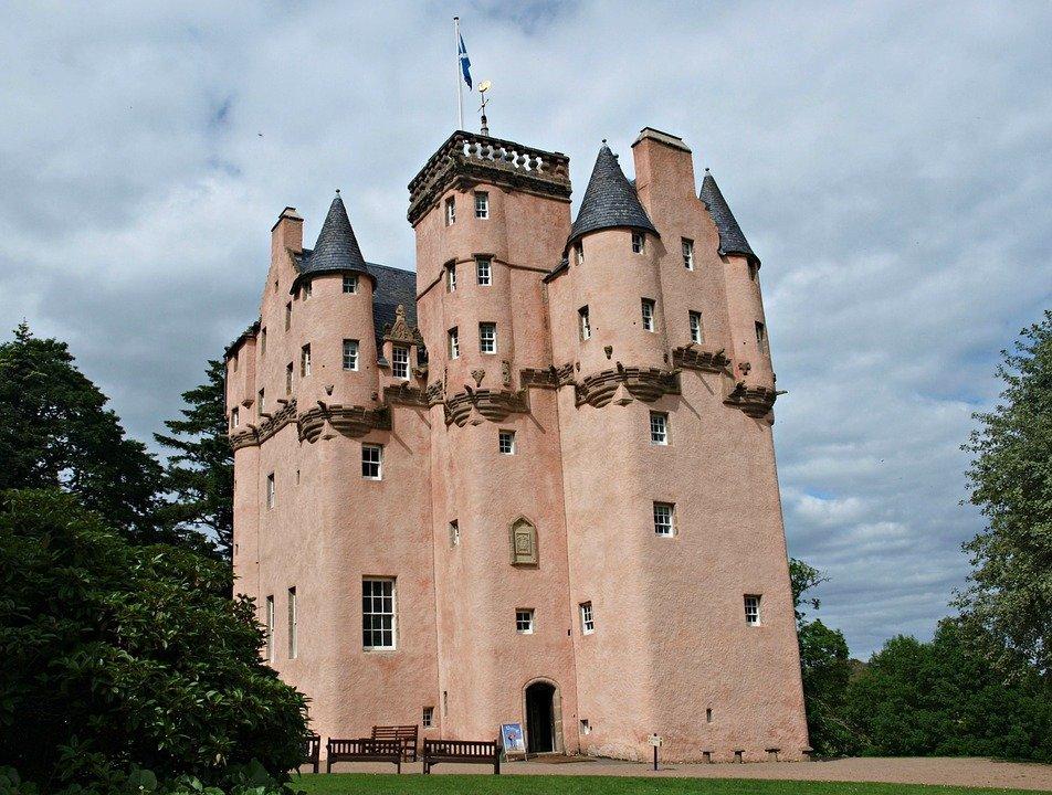 fairytale-castle-aberdeen