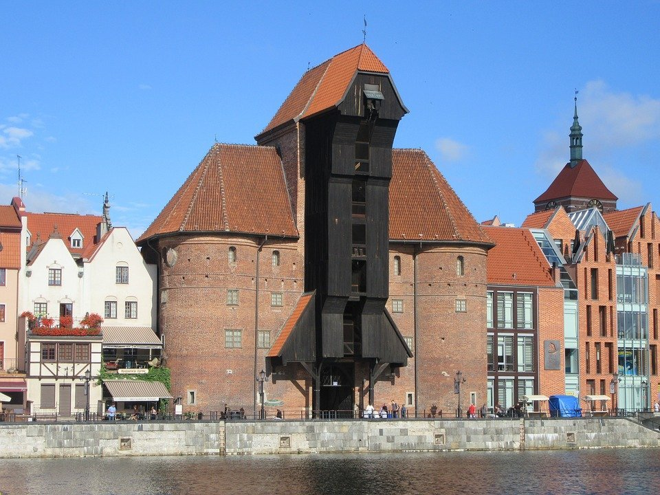 gdansk-citygate-front