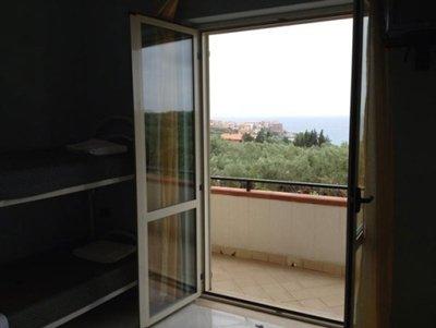 Porta finestra su terrazza esterna