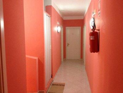Corridoio con camere dell'hotel