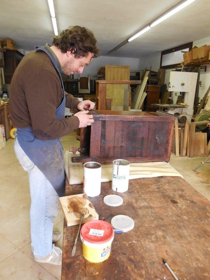 Laboratorio antichità Fabrizio Aurame