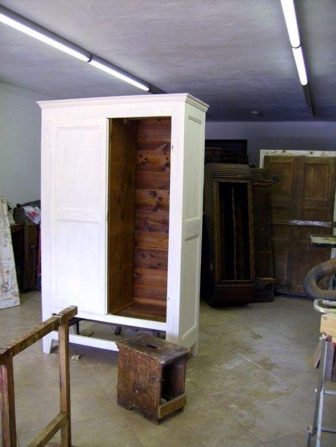 Restauri mobili antichi