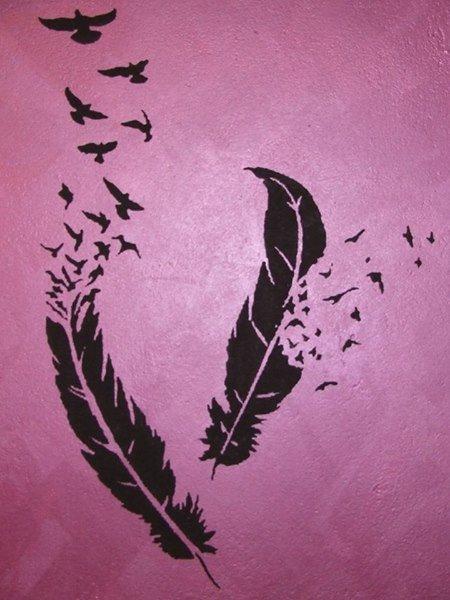 piume nere disegnate su parete rose