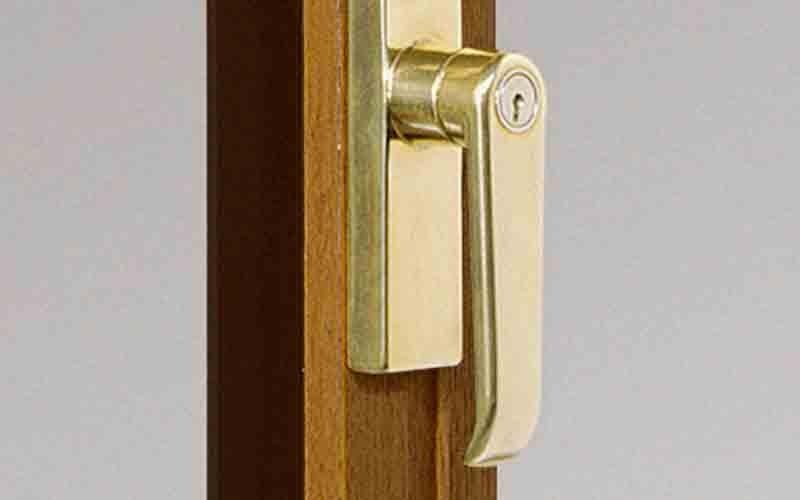 Cremona handle with lock key