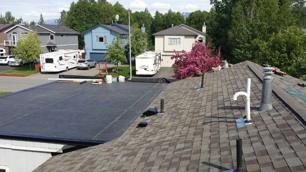 Beautiful roof by our roofing contractors of Anchorage, AK