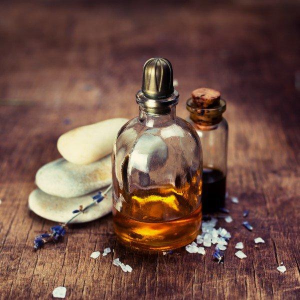 Bottiglie di oli