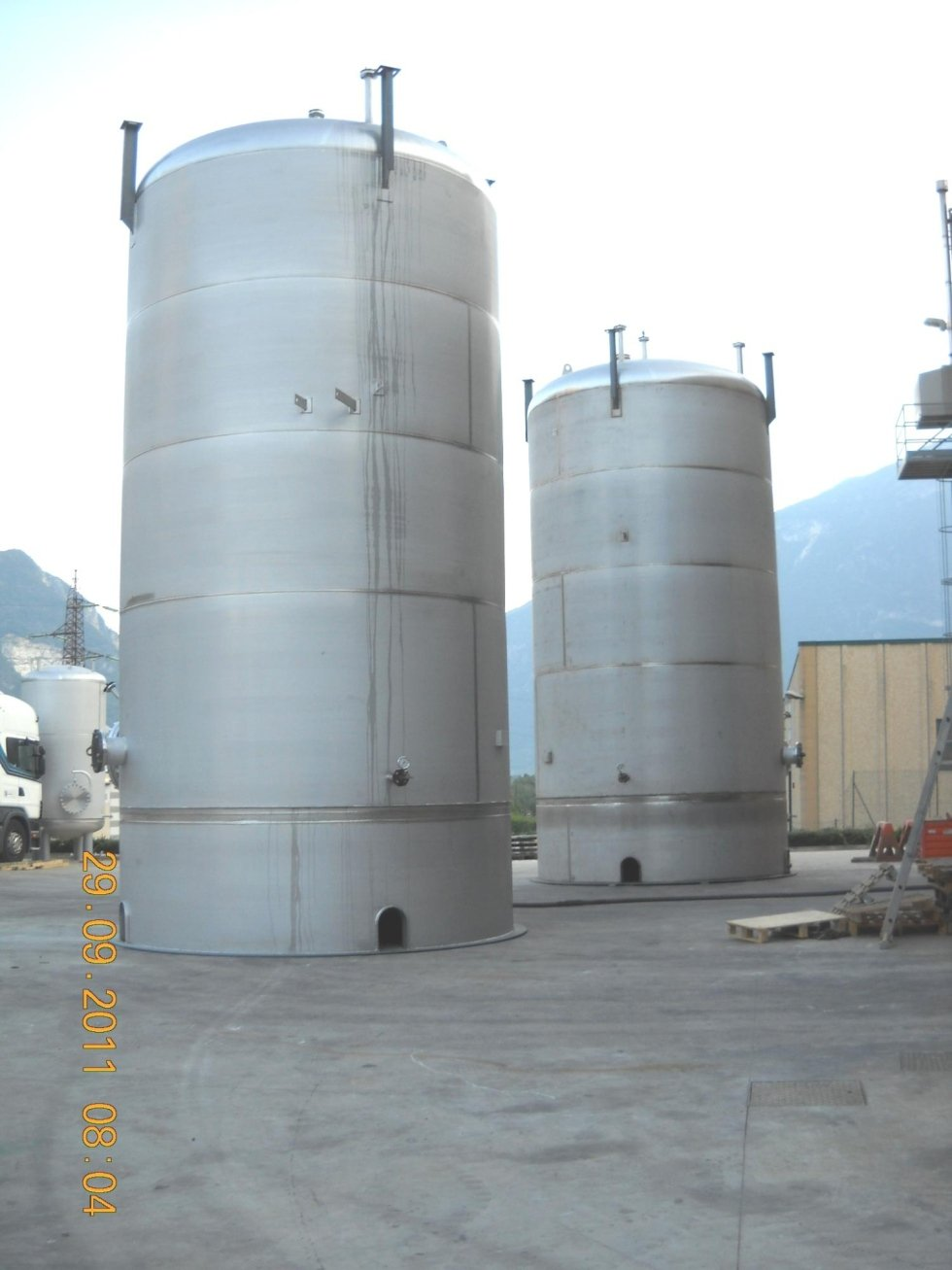 urea tanks for incinerator