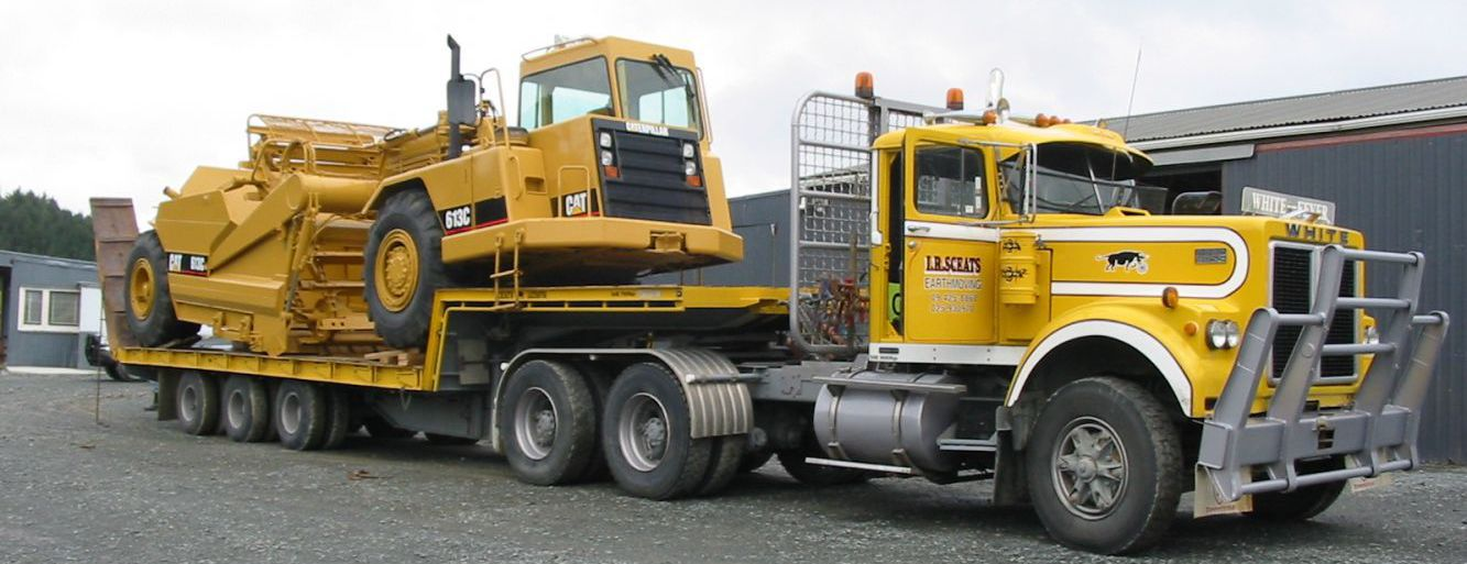 Equipment for earthmoving services in Rodney