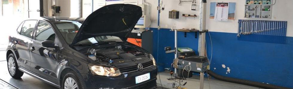 controlli revisione auto