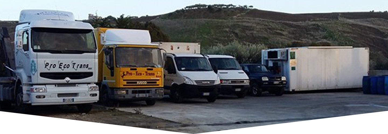 Camion per il trasporto dei rifiuti a Raffadali