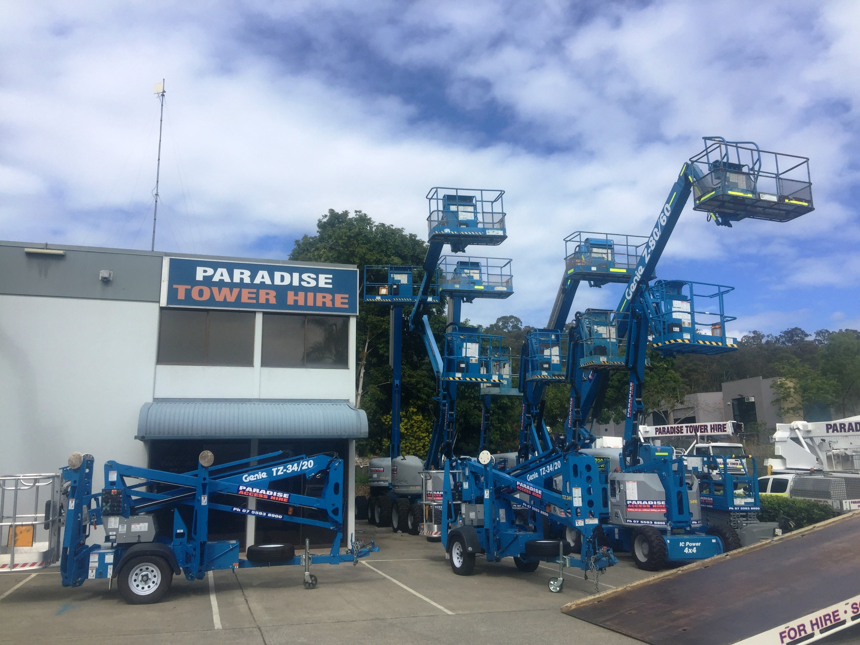 Fast easy and one call away boom lift and cherry hire servicing Gold Coast and Ballina
