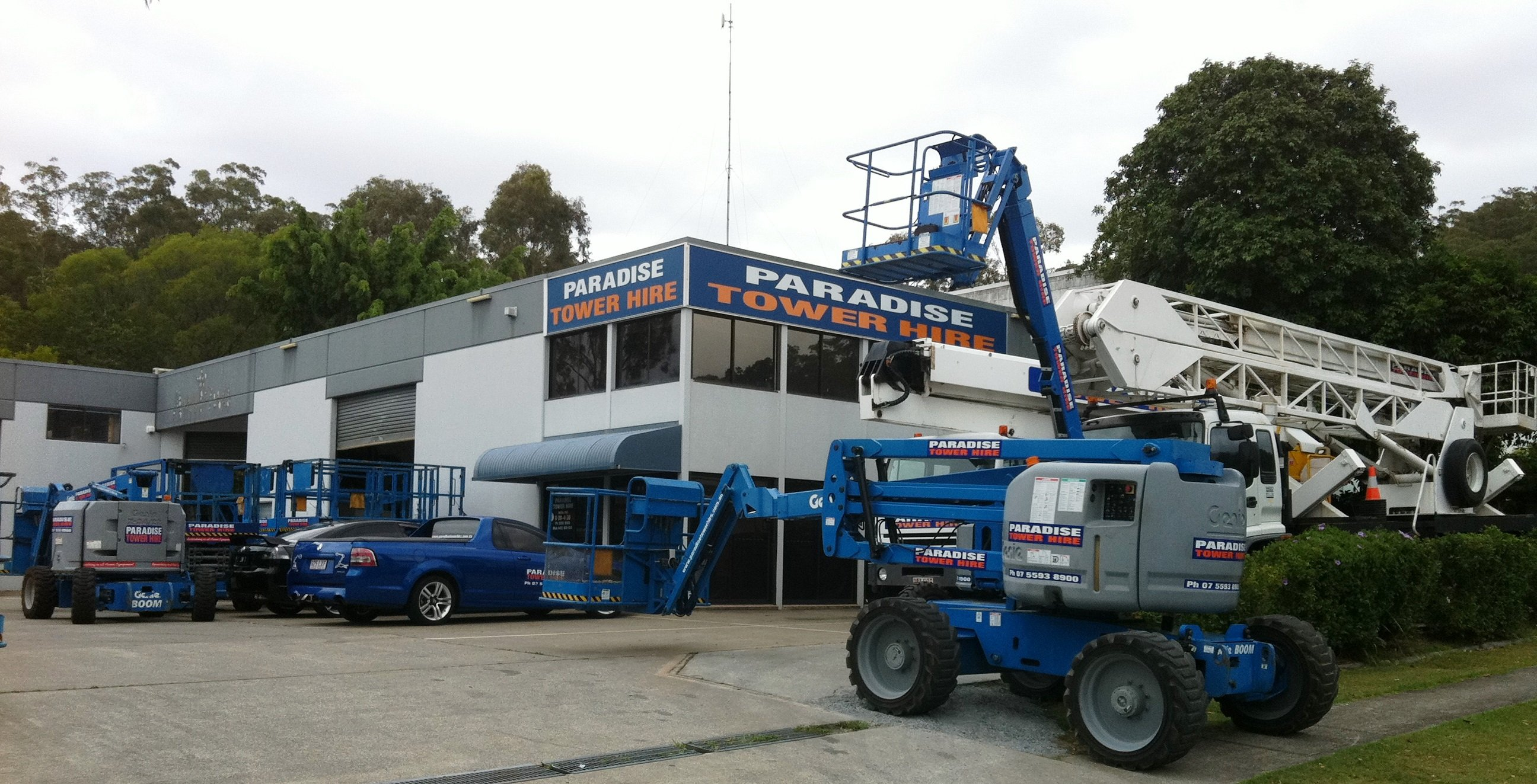 Leading EWP for hire with the best cherry picker booms and scissor lift in Gold Coast