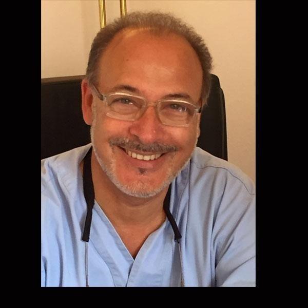 Dott. Lucio Vianello (Medico Chirurgo Odontoiatra)