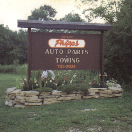 phipps auto parts sign