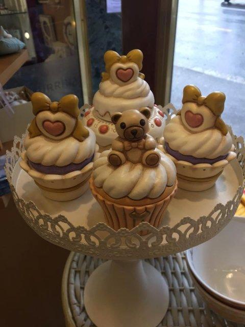 thun cupcake