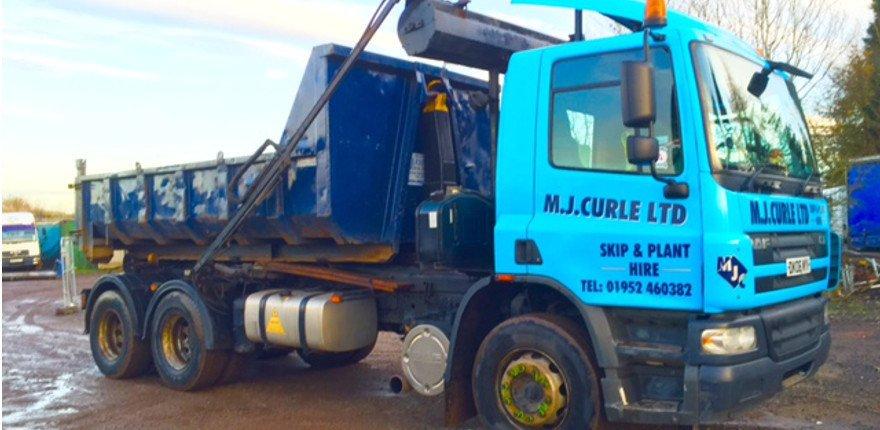 MJ Curle skip truck