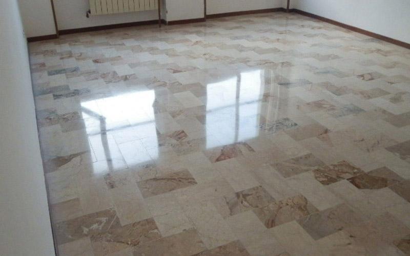 Trattamenti pavimenti in marmo
