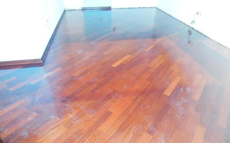 Trattamento e manutenzione pavimenti brescia lombardia for Pulizia parquet