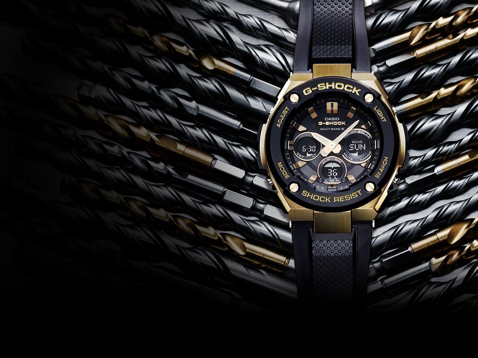 orologio nero con cinturino